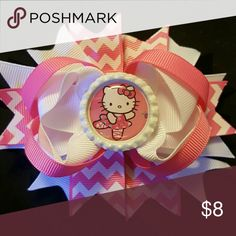 New Hello Kitty Hairbow! Comes on an alligator clip!  4.5 inches Accessories Hair Accessories