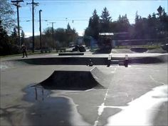Crazy 4 year old (Dom The Dominator Buch) ripping apart the skate park.