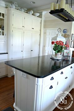 6 TIPS FOR A FABULOUS AND FUNCTIONAL KITCHEN- cleared off island-stonegableblog.com