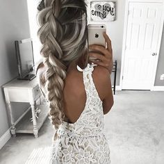 See this Instagram photo by @ohhellohair • 3,332 likes
