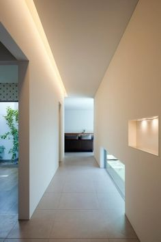 House of Nakamozu is a minimalist house located in Osaka, Japan, designed by NRM* Architects Office. Corridor Lighting, Indirect Lighting, Minimalist Home, Architecture Design, Minimalism, New Homes, Interior Design, House, Decor