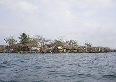 Kuna Tribe Typical Homes, San Blas Islands, Panama - Eric Lafforgue Eric Lafforgue, Panama City Panama, First Nations, Homeland, Islands, Spanish, Homes, Houses
