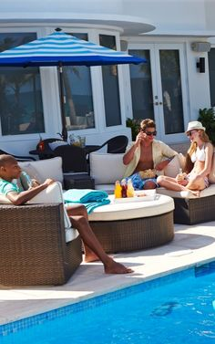 The living is easy - Create the most relaxed gathering spaces under the sun with modular Pasadena.