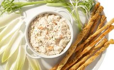 Crab Dip Recipe Appetizers with dip mix, light mayonnaise, light cream cheese, crab meat Crab Dip Recipes, Appetizer Recipes, Fun Appetizers, Epicure Recipes, Cooking Recipes, Clean Recipes, Easy Healthy Recipes, Dairy Free Dips, Good Food