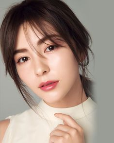 美的4月号 犬木さんの透明感メイク。 Japanese Makeup, Japanese Beauty, Asian Beauty, Korean Makeup Look, Beauty Around The World, Olay, Wedding Make Up, Beauty Women, Women's Beauty