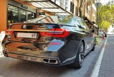 The ultimate transporter spotted at Melrose Arch by @irfaan_e36  #ExoticSpotSA #Zero2Turbo #SouthAfrica #BMW #M760Li #xDrive #MelroseArch
