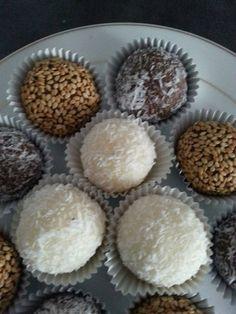 douceurs sans cuisson Sanda No Bake Energy Bites, Arabic Sweets, Biscuit Cookies, Chocolate Desserts, Decadent Chocolate, Beignets, No Bake Desserts, Truffles, Nutella