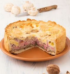 Pie with Mushrooms, Ham and Cheese