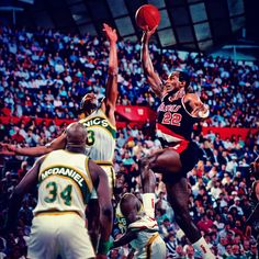 Happy 50th To One Of The All-Time Greats, Clyde The Glide Drexler