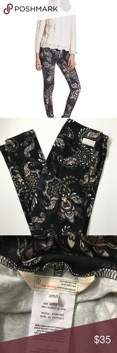 "Odd Molly Leggings - Flower Field Pant sz 4 (XL) Cute Odd Molly print leggings in asphalt (charcoal).  size 4 which is an XL according to their size chart.  Gently loved, excellent condition.  Cotton blend.  Measures approx 15.5"" across top of waist, 11.5"" rise, 32"" inseam. Odd Molly Pants Leggings"