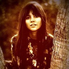 Linda Ronstadt, born Linda Maria Ronstadt on 7/15/46 in Tucson, AZ. A Singer, Songwriter and Actress from 1967 to 2011. She has earned 11 Grammy Awards, 3 American Music Awards, 2 Academy of Country Music Awards, An Emmy Award and An ALMA Award. Never married, two children!