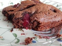 chocolate malt brownie with raspberries / schokoladen-malz-brownie mit himbeeren