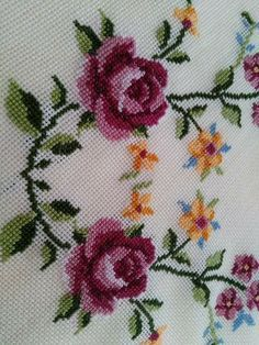 This Pin was discovered by Özl Cross Stitch Bookmarks, Cross Stitch Rose, Cross Stitch Borders, Cross Stitch Flowers, Cross Stitching, Cross Stitch Patterns, Hand Embroidery Videos, Rose Embroidery, Embroidery Fashion