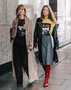 "FashioninPills (@fashioninpills) on Instagram: ""@_jeanettemadsen_ & @emilisindlev from #LFW #FW17 credits to @collagevintage2 for @voguespain…"""