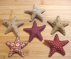 Small Primitive Christmas Star Bowl Filler Ornament by Skunkhollow, $10.00