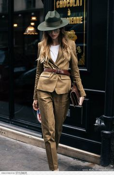 PFW Day 4: Menswear For Women Or How To Rock A Suit • T… na Stylowi.pl