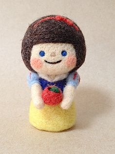 Snow White | Chai Felt Design