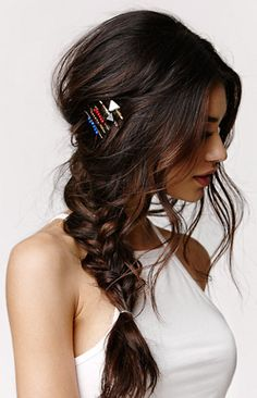frisuren 25 Effortless Side Braid Hairstyles to Make You Feel Special Stand Out with Edgy Barrettes Long Braided Hairstyles, Pretty Hairstyles, Wedding Hairstyles, Hairstyle Ideas, Hairstyles 2018, Braided Updo, Boho Hairstyles, Updo Hairstyle, Wedding Updo