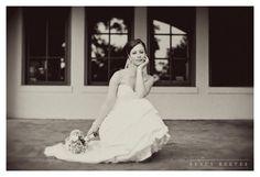 bridals pose