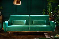 Luxusná rozkladacia sedačka smaragdová. Xxl Sofa, Sofa Couch, Retro Sofa, Couch Design, Wood Design, Banquettes, Grey Velvet Sofa, Green Velvet, Comfortable Couch