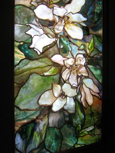 Stained glass window (detail) by Tiffany Stained Glass Designs, Stained Glass Panels, Stained Glass Projects, Stained Glass Patterns, Leaded Glass, Stained Glass Art, Beveled Glass, Tiffany Stained Glass, Tiffany Glass