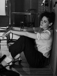 "partialboner: ""Sophia Loren, in ""The Millionairess"" "" Androgynous Women, Kristen Stewart Movies, Kirsten Stewart, New York Times Magazine, I Icon, Love Pictures, Senior Pictures, Celebs, Celebrities"