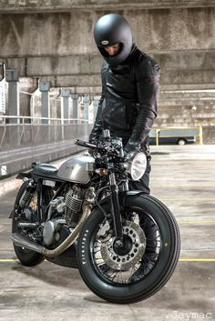 SR400 by Drifter Bikes | Inazuma café racer