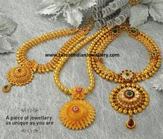 Jos Alukkas Necklace Designs with latest carvings and intrications.Traditional necklaces with stones and round floral model pendants. Gold Chain Design, Gold Bangles Design, Gold Jewellery Design, Jewelry Design Earrings, Gold Earrings Designs, Necklace Designs, Pendant Jewelry, Girls Jewelry, Trendy Jewelry