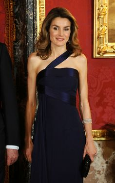 Princess Letizia - Spanish Royals Host Gala Dinner Honouring Dominican Republic President