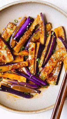 Vegan Dinner Recipes, Vegan Dinners, Vegetarian Recipes, Healthy Recipes, Spicy Food Recipes, Vegan Vegetarian, Eggplant Stir Fry, Spicy Eggplant, Chinese Eggplant