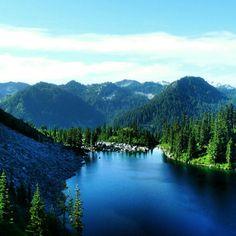 Lake Valhalla (#2000). Central Cascades -- Stevens Pass, Wenatchee National Forest. Roundtrip 12.0 miles, Elevation Gain 1500 ft, Highest Point 5050 ft. (Best in summer)