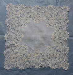 Honiton guipure handkerchief from the 10/25/2015 Ebay Alerts.