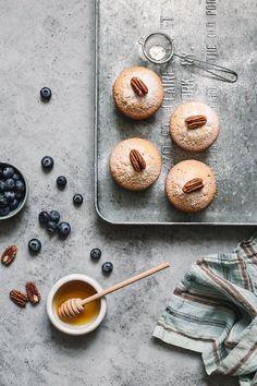 Food Photography Tips Nikon Product Italian Desserts, Easy Desserts, Italian Recipes, Food Photography Styling, Food Styling, Photography Backdrops, Photography Jobs, Product Photography, Photography Captions