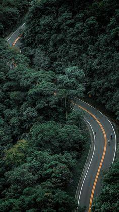 Serra da Cantareira - Pico do Jaraguá do Parque Estadual da Cantareira, Sao Pa . Aerial Photography, Landscape Photography, Nature Photography, Cityscape Photography, Forest Wallpaper, Nature Wallpaper, Beautiful Roads, Beautiful Landscapes, Photographie Street Art