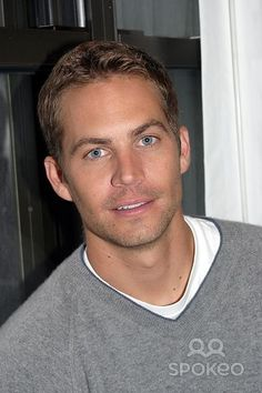 """Neol "" Press Junket at the Mid-town Hotel, New York City 10/22/2004 Photo: Barry Talesnick / Ipol/ Globe Photos Inc. 2004 Paul Walker"