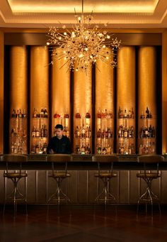 BAKU Azerbaijan | Bentley's Whiskey Bar | Four Seasons Hotel | #baku #hotelbar #fourseasons