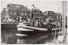 """De rondvaartboot de """"Eersteling"""""""