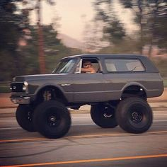 272 best burbans images chevy 4x4 chevrolet suburban chevy trucks rh pinterest com