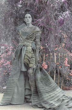 1997-98 - Galliano for Dior Couture show - Michelle Hicks