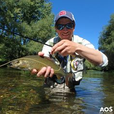 Have a nice fly fishing weekend!    #flyfishingmakesyouhappy #weekend #grayling #äsche #temolo #fluss #austria #aosfishing #flyfishing #fliegenfischen #pescamosca #graz #styria #steiermark #onlineshop #picoftheday #photooftheday #lovefishing #austria #catchoftheday #catchandrelease #flugfiske #fluefiske #onthefly #simmsfishing #flytying #dryflyfishing #dryfly #trockenfliege AOS Fly Fishing Hatch Outdoors, Inc. Simms Fishing Products