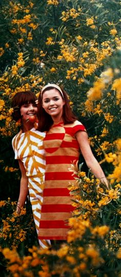 Striped summer dresses,Jours de France February 1966 Space Fashion, 60 Fashion, Sixties Fashion, Retro Fashion, Vintage Fashion, 1960s Dresses, 1960s Outfits, Vintage Outfits, Vintage Clothing