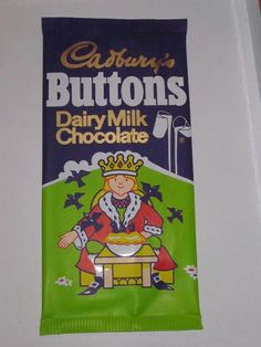 Cadburys Chocolate Buttons bag -they all had nursery rhymes on them with th verses written on the back. Old Sweets, Vintage Sweets, Retro Sweets, Vintage Toys, 1980s Childhood, Childhood Days, Back In The 90s, 80s Kids, Old Toys