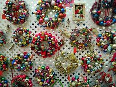 christmas craft fair display ideas | ... display. We had to reinforce the vertical PVC pipe by sliding in