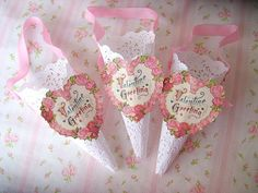 Gorgeously dainty, timelessly lovely Valentine's Day paper lace cones. #paper #cones #gifts #candy #wrapping #party #shabby #chic #vintage #Valentines