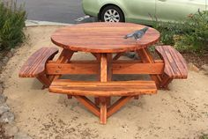 This Round Picnic Table Seats Up To 8 People Comfortably