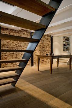 Souterrain, Prinsengracht VII | Kodde Architecten House Staircase, Attic Stairs, Patio Design, House Design, Basement Apartment, Stairway To Heaven, Stairways, Living Room Designs, My House