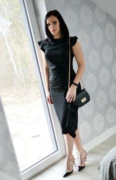 Mloda mama w swiecie mody: Mała czarna