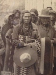 "Louie ""Judge"" Pierre, father of Ellen Big Sam, Mary Ann Toppseh Coombs, Theresa Woodcock and Pete Pierre. Twentieth anniversary of the removal of Charlo's Band from the Bitterroot Valley. Pic from Troy Felsman. Native American Photos, Native American Tribes, Native American History, Native Indian, Native Art, Big Sam, Trail Of Tears, Indian Heritage, Le Far West"