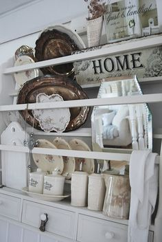 wonderful plate rack display ~ via Romantiska Hem