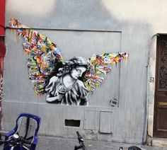 Martin Whatson is now in Paris where he just completed this new mural.
